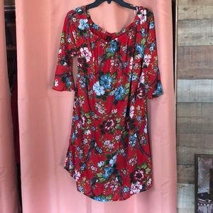 City streets 3/4 sleeve red floral dress, large